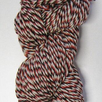 4-trådigt Raggsocksgarn. Svart/vit/röd (418)