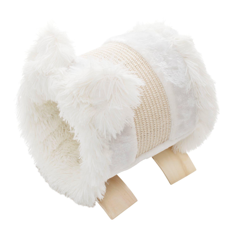Kattbädd med klös i vit päls.