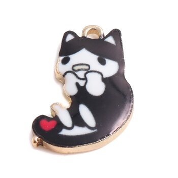 Charm   Enameld CAt Black