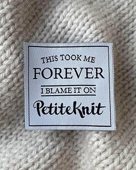 Petitknit- Tygmärke - This took me forever