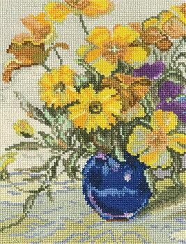 Blomvas med gula blommor broderikit korsstygn RTO C181