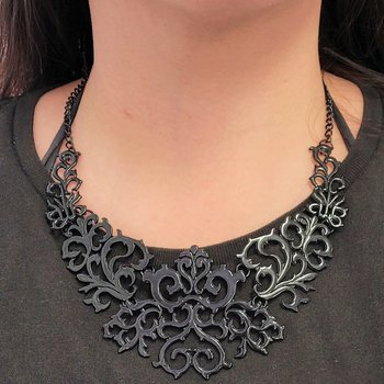 Halsband Black Beauty