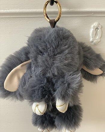 Nyckelring Cozy Rabbit Grå