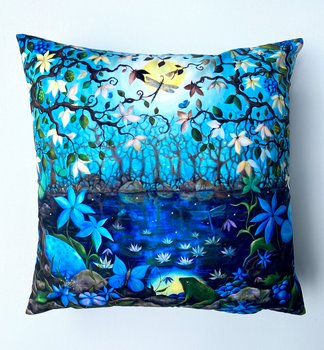 01.  Pillowcover - Shimmer of the fable