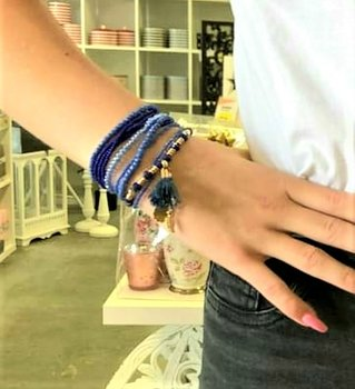 Blue Pearls Tassel Bracelet