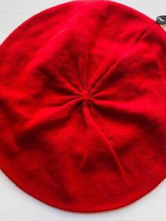 Oversize basker i bomull från Seeberger - ruby red
