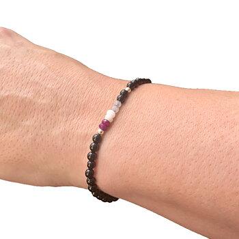 Asex-armband i ädelstenar