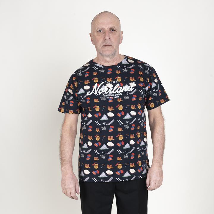 SQRTN Great Norrland T-shirt Sapmi 2 Black