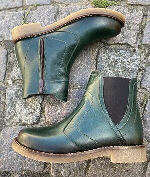 Charlotte of Sweden Chelsea boots i skinn, petrol