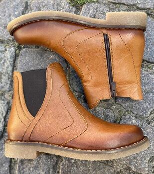 Charlotte of Sweden Chelsea boots i skinn, tan