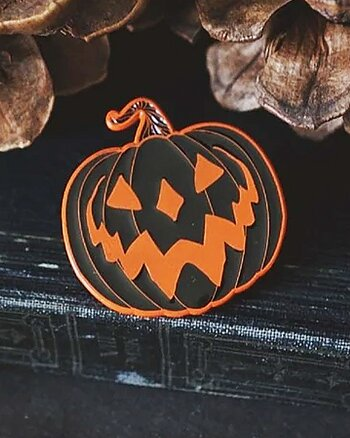 Haunted Hallows Orange - Pin
