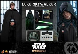 The Mandalorian Hot Toys - Luke Skywalker Sixth Scale Figure