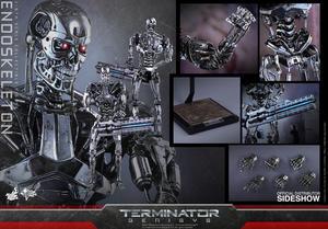 Hot Toys - Endoskeleton Sixth Scale Figure