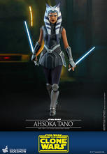 Hot Toys - Ahsoka Tano Sixth Scale Collectible Figure
