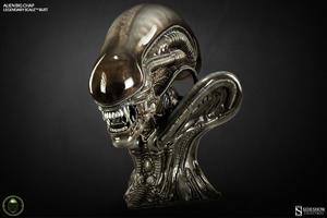 Alien Big Chap Legendary Scale Bust - Sideshow Collectibles