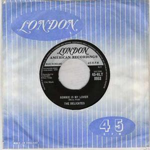 """THE DELICATES - Ronnie Is My Lover / Black And White Thunderbird UK 7"""" 1958"""