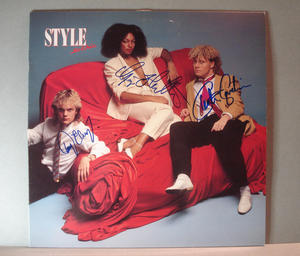 STYLE - So chic Autographed LP