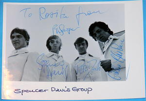 SPENCER DAVIS GROUP - Signed autographed 1967 FAN CLUB PHOTO