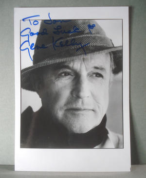 GENE KELLY ( Singin´ in the rain ) Real autograph on real photo !