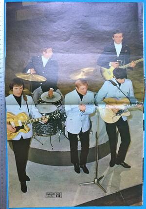 IDOLNYTT - No 6 1966 FABULOUS FOUR cover