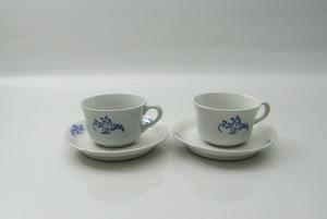 Kaffekopp och fat, Blomsmönster