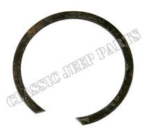 Output clutch shaft bearing snap ring D18