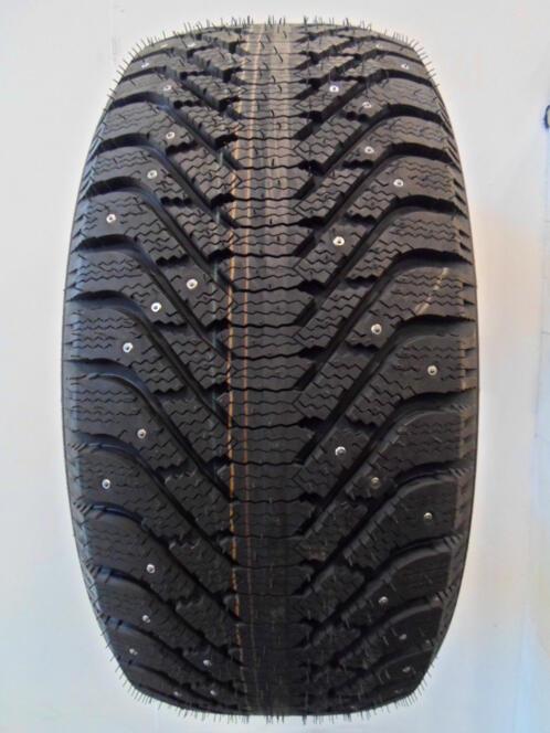 225 70 R16 Goodyear Ultra Grip 500