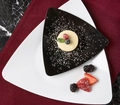 Triangle Side plate. Black. 10 pieces.