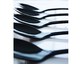 Black - Spoons. 20 pieces.