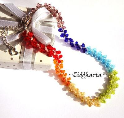 L5:149 - YOGA White Core - Rainbow LOVE Chakras PRIDE Necklace / Halsband: Lizard AS Pendant / Charms - Symbol of Change - Made by Ziddis hands