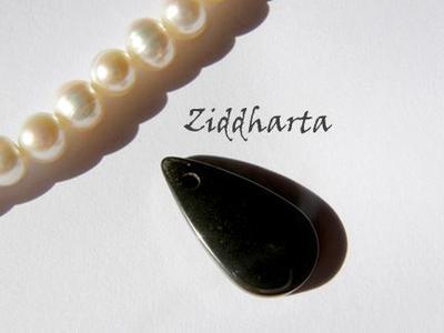 1st Hematit-hänge - Liten Droppe ca23x11,5mm