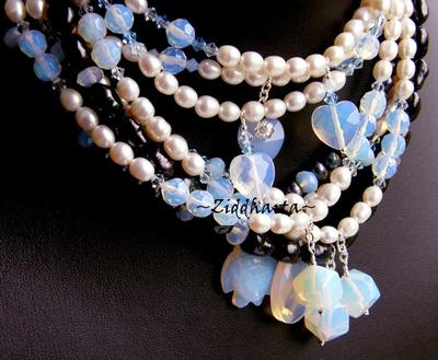 "L4:115nn Opalite-serien: White Freshwater Pearls: ""Unicorn"" handgjort av Ziddharta H3 H5"