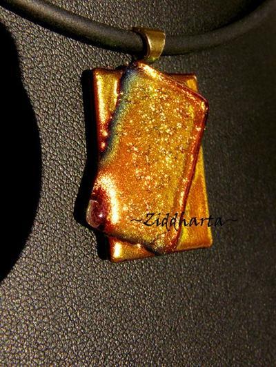 SÅLD! L3:106 OOAK Golden Copper Lime - Glassfused Dichroic Necklace Halsband OOAK - ett enda exemplar!