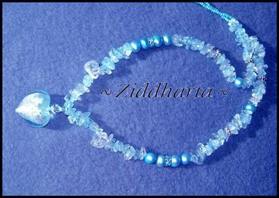 L5:171 - Light Azore - Ljust turkosa Sötvattenspärlor Jablonex Glaspärlor Silver Foil Lamp work Heart / Hjärta Blue Topaz Chips Rhinstone Rondeller: Necklace / Halsband