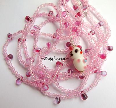 L2:68 PINK Handmade LampWork Kitten: 3-strands Necklace Rosa Halsband Katt - Handmade Jewelry and Beadings by Ziddharta