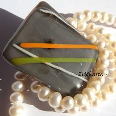 65 Glasfused Cabochon ca38x30mm: Orange Streak