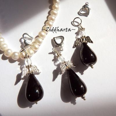 1 Ängla-hänge: Black JET Svart Droppformad Ängel - Handmade Angels by Ziddharta