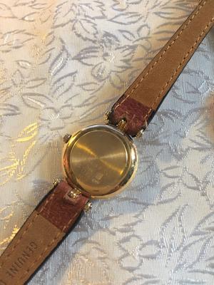 -Armbandsur Prestige de Geneve  18 K Guld.  Quartz med datum. Batteriverk.
