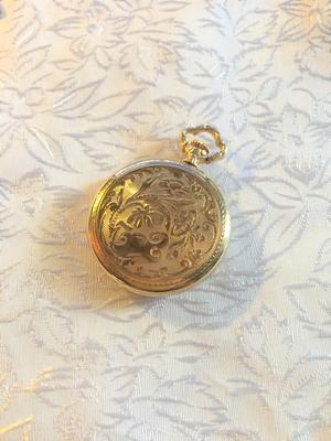 Fickur,Mormorsur  i 18 karat Guld  Märke: Eklora