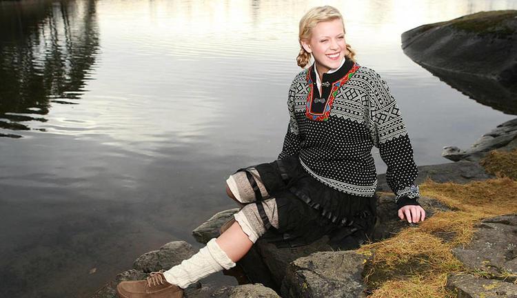 Setesdal Sweater - Black & White