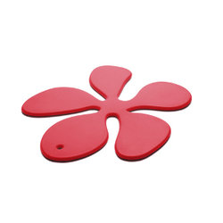 KG Design - Blomma grytunderlägg (Röd)