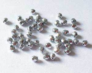 Fasetterade firepolish, Crystal Full Labrador, 4 mm. 50 st
