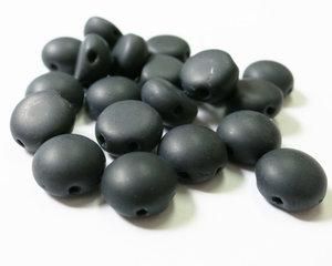 Candy™, 2-hålig cabochon, 8 mm. Jet Matted, 23980/84110. 20 st.