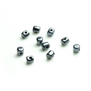 Minos® par Puca®, 2,5*3 mm. Jet Hematite, 23980/14400. 5 gram.