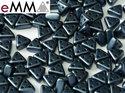 eMMA®, trekantig pärla med tre hål i färgen Pastel Montana Blue, 25042. 5 gram