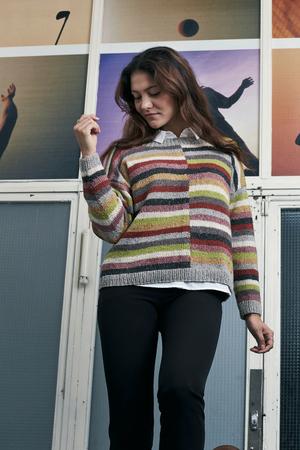 Sweater med förskjutna ränder - Dagmar by Permin