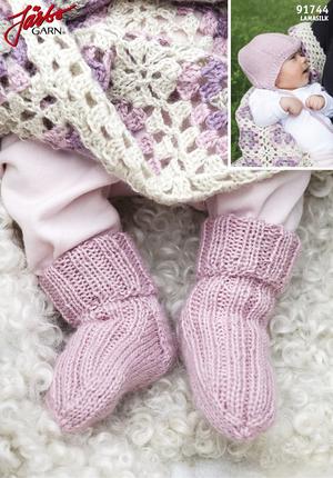 Babysockor med matchande mössa