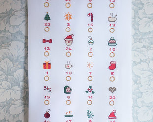 Cross stitch kit with aida - Christmas Calendar