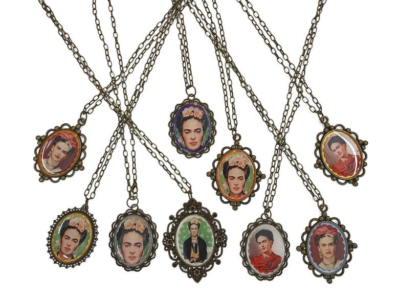 Halsband 'Frida' sorterat