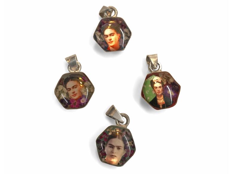 Hänge 'Frida hexagon' sorterat